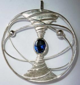 Dynamic sapphire